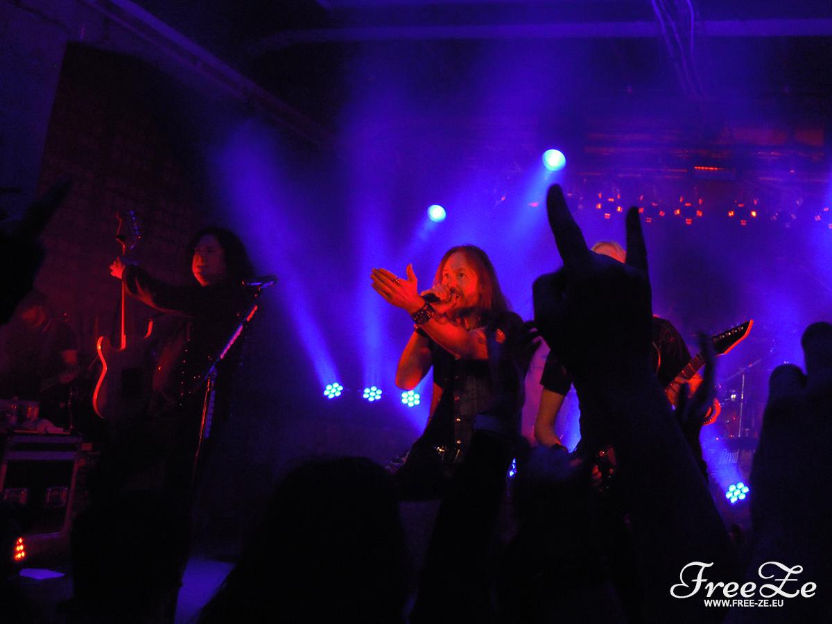Fotoreportáž: HammerFall, Orden Ogan, Serious Black - 06.02.2015