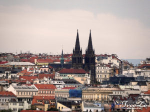 Výhled na Prahu - náměstí Míru, kostel Sv. Ludmily
