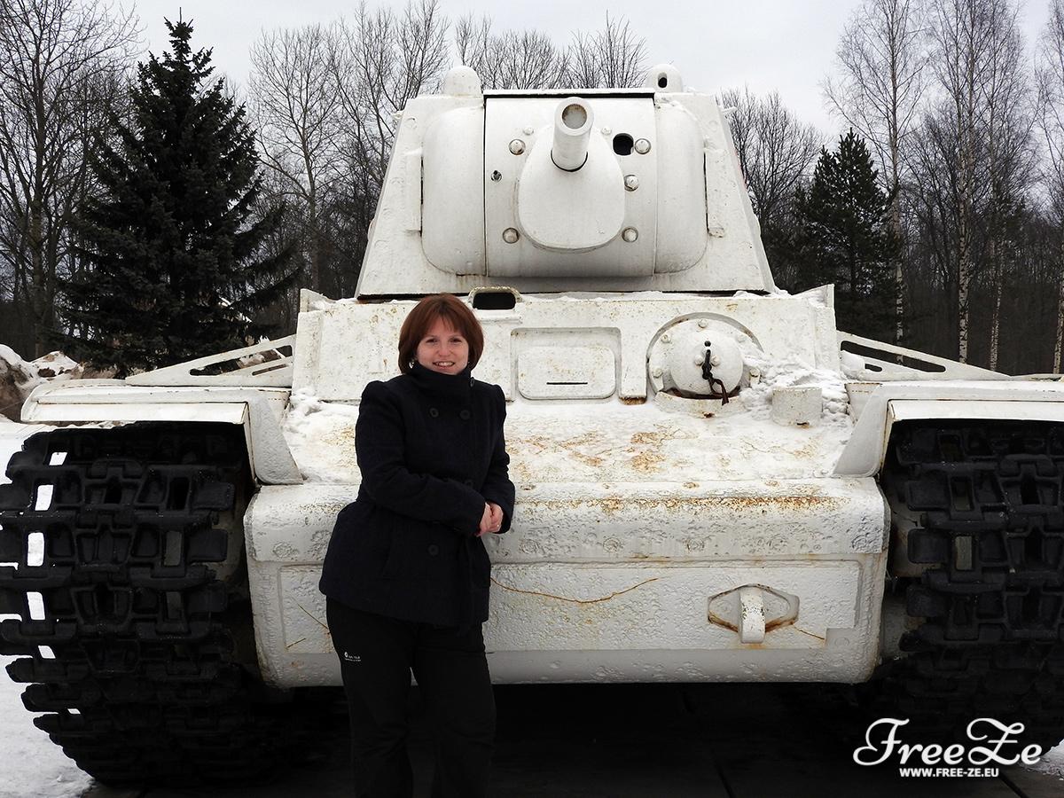 Pro představu, jak je ten tank doopravdy velký.