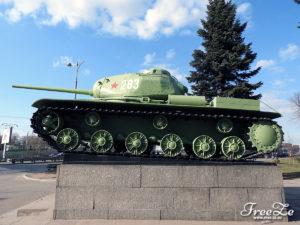 Těžký tank KV-1S