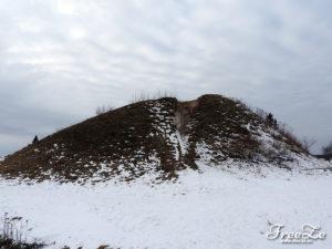 Unikátní archeologická památka - Mohyla Olega Moudrého