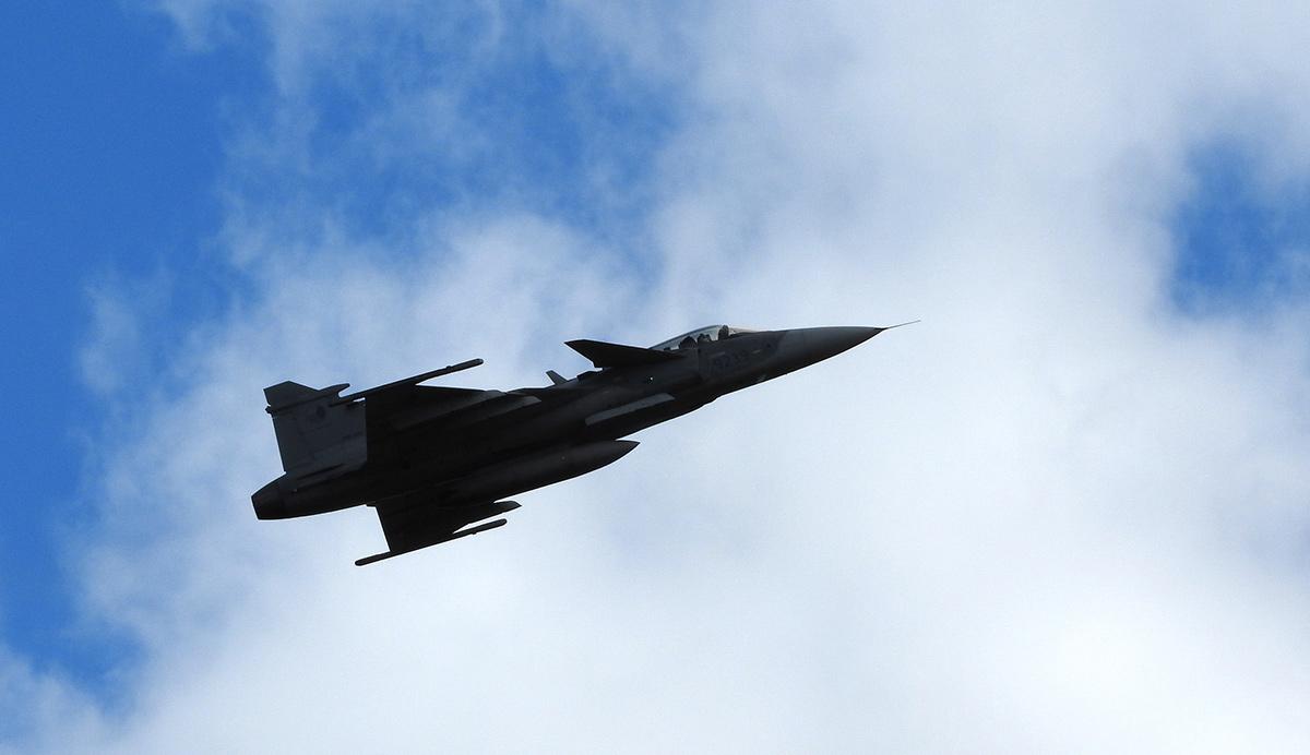 Den ve vzduchu v Plasích: dynamická ukázka JAS-39 Gripen