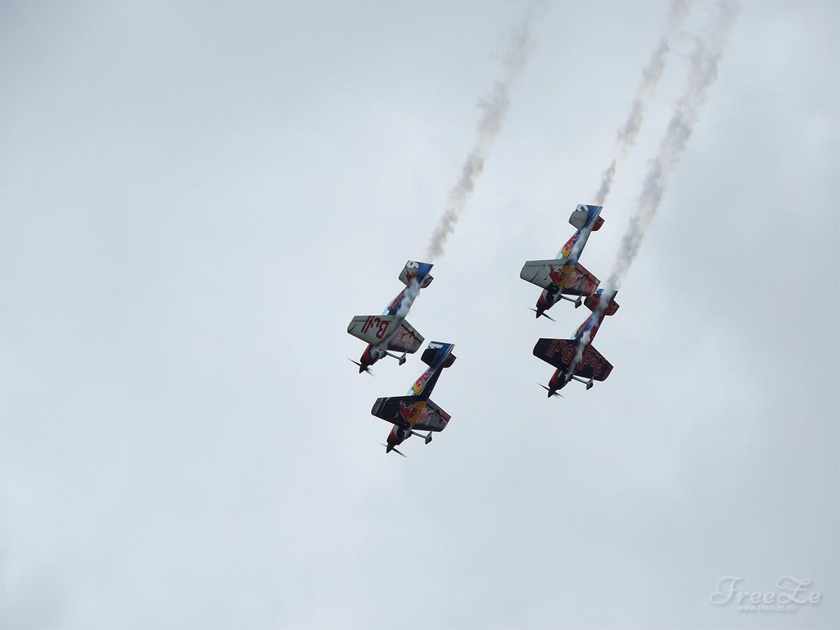 Aviatická pouť nabídne i Red Bull Air Race
